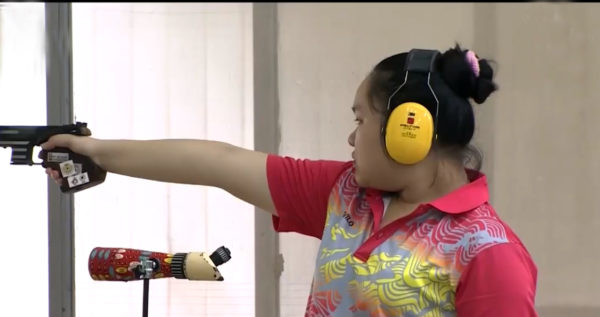 Thuỷ wins gold atnational shooting champs for juniors