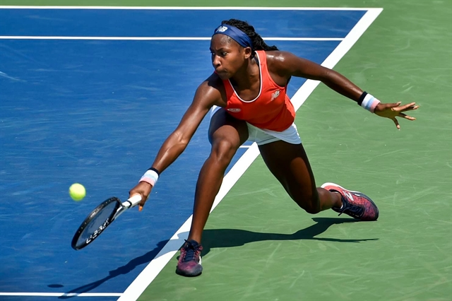 Teen star Coco top seed Stephens crash out in Washington