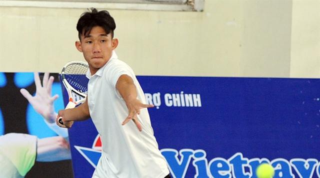Phương through to second qualifier at Wimbledon