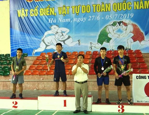 Military team win wrestling tournament