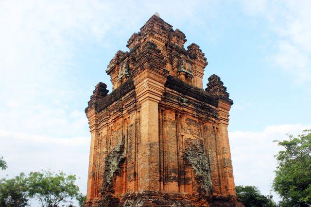 Festival promotes Chăm peoples culture