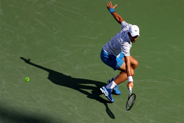 Federer Djokovic advance as Serena pulls out in Cincinnati