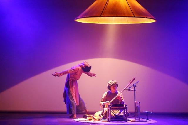 Choreographer Vũ Ngọc Khải travelled far to come back home