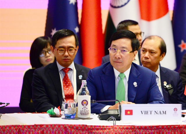 Việt Nam suggests stronger connectivity in East Asia restraint on South China Sea