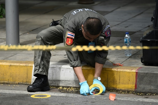 Bombs rattle Bangkok during ASEAN summit; two suspects held