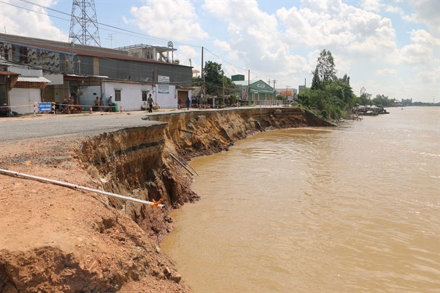 Serious erosion reported along Hậu River in Mekong Deltas An Giang Province