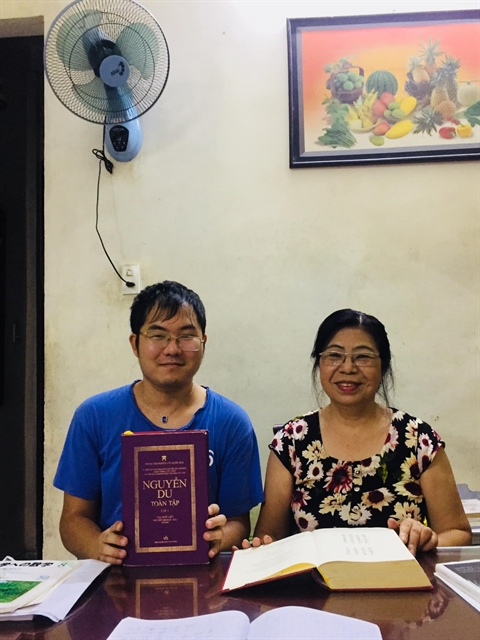 Japanese expat falls for Vietnamese literature