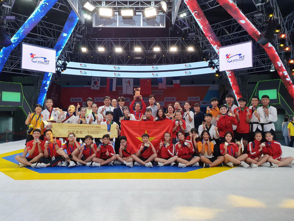 Việt Nam finish third at world taekwondo champs