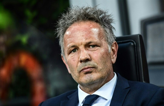 Exceptional courage: Cancer-stricken Mihajlovic on bench but Bologna held by Verona