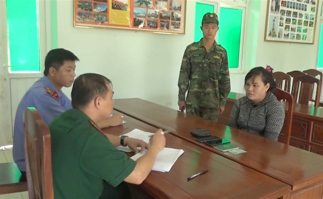 Lạng Sơn border guards arrest two for trying to sell newborn to China
