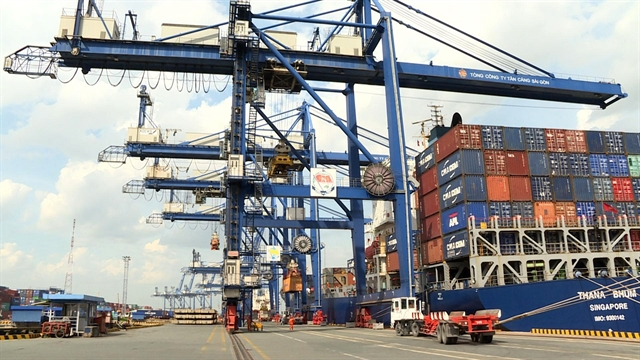 Congestion around HCM City port eased with efficient sharing of goods with other ports