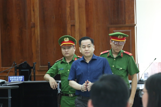Two men to be prosecuted for scamming Phan Van Anh Vũ