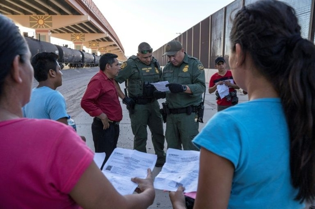 In victory for Trump top US court permits asylum restrictions