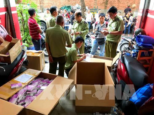 HCM City steps up inspections of fake smuggled goods