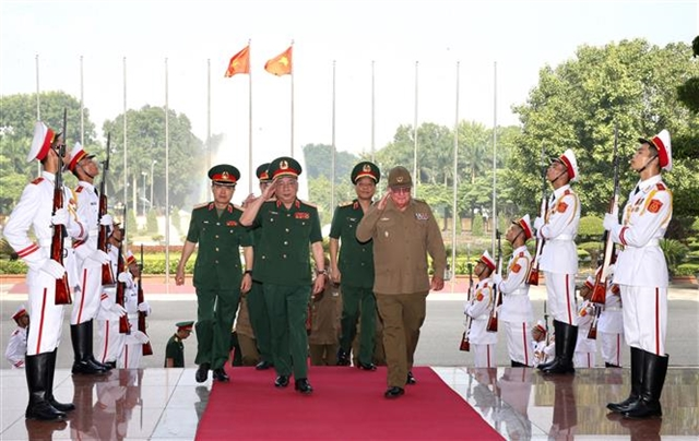 Việt Nam Cuba hold third defence policy dialogue