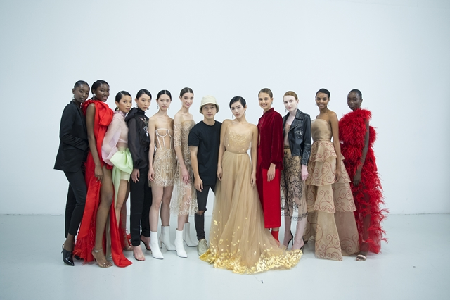 Vietnamese designer presents new collection at London Fashion Week 2019