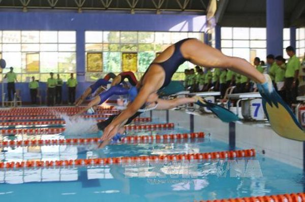 HCM City triumphs at national finswimming champs