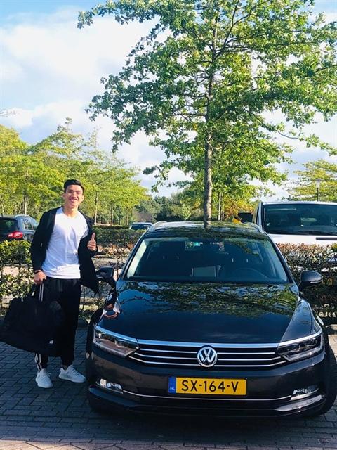 Hậu arrives in Netherlands after Heerenveen move