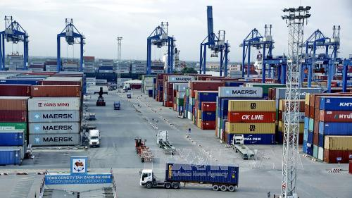 HCM City seeks to become logistics hub