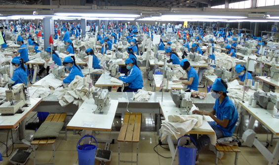Garment firm reportsgrowth in August revenue