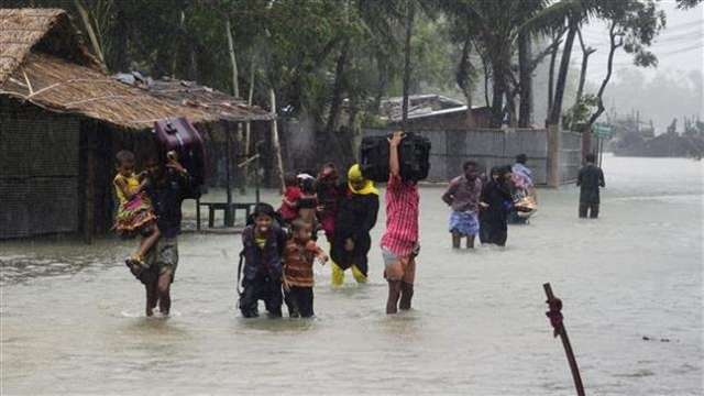 Bangladesh rural poor bear financial burden of climate change: study