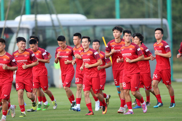 Việt Nam drop two places in FIFA rankings