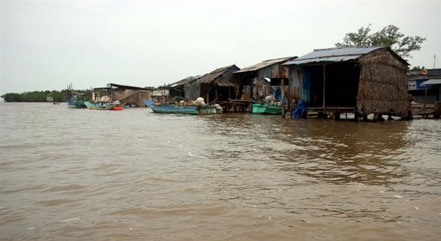 Mekong Delta declaresurgent erosion situation