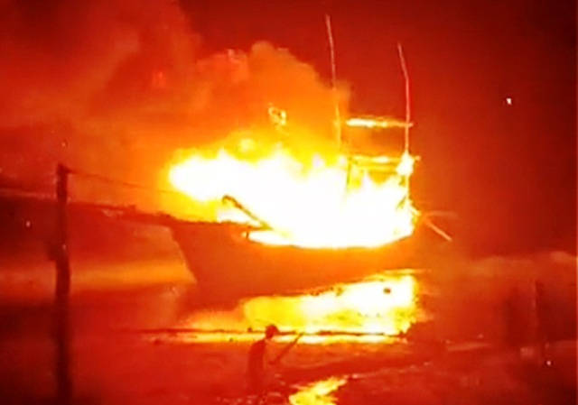 Boat explosion kills two one missing