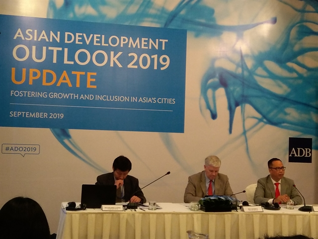 Việt Nams growth moderate this year but remains robust in Asia