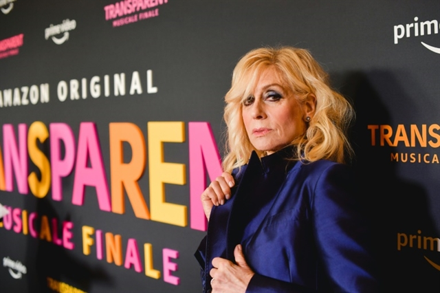 Pioneering show Transparent takes final musical bow