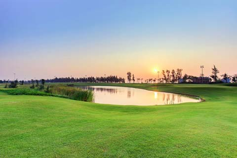 Golf tournament offers prize money of 4.3m