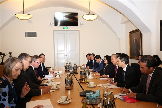 Việt Nam Finland discuss measures to advance relations