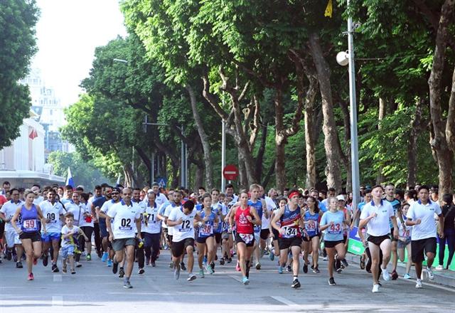 Luật Huệ win 46th Run for Peace