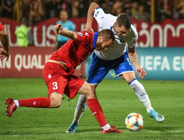 Spain Italy battle to maintain perfect Euro 2020 qualifying starts