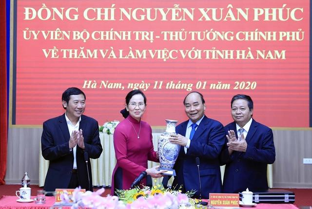 PM urges Hà Nam to make development breakthroughs