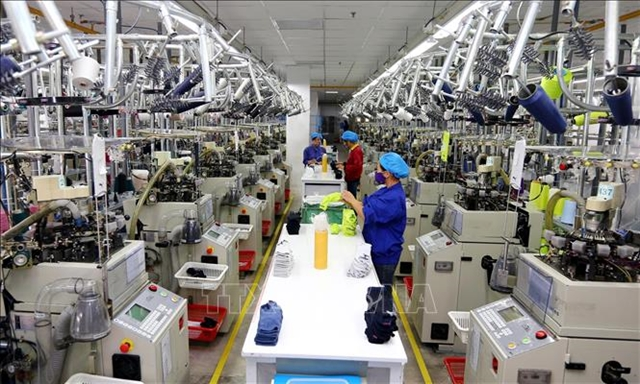 Việt Nam manufacturing sector improves in December