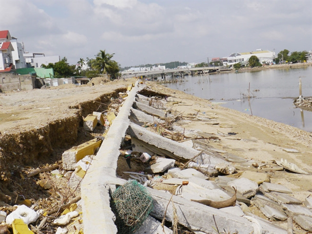 Construction company has to pay for embankment collapse