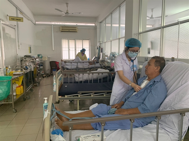 Ministry asks hospitals to ensure medical services during Tết
