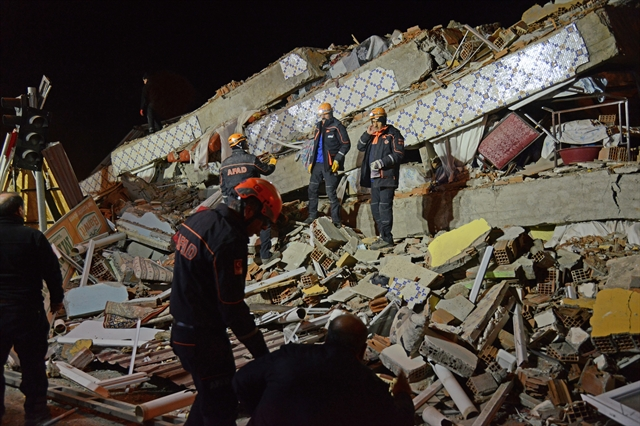 Powerful quake kills 18 people in eastern Turkey
