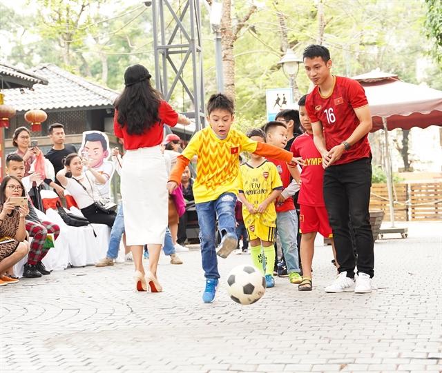 New comic book honours Việt Nam football team