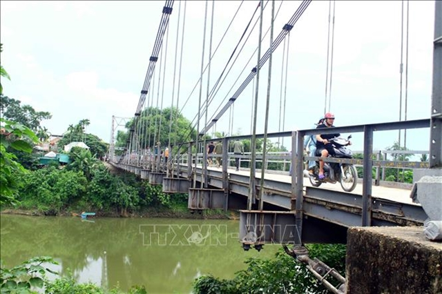 Degraded bridge poses threat in Nghệ An