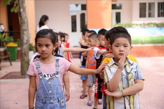 Việt Nam among top countries of sex ratio imbalance at birth