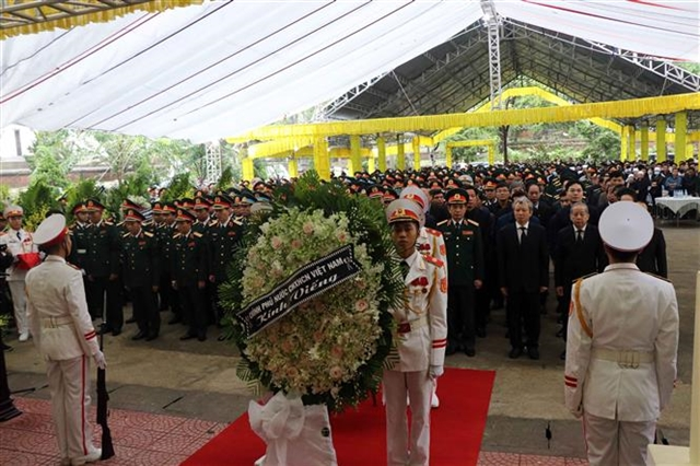 Nation mourns officials and soldiers killed by landslide