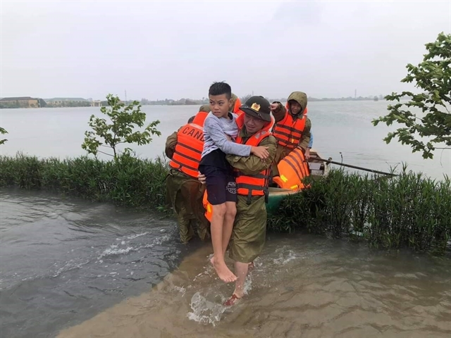 Medical and civil assistance given toflood-hit central provinces
