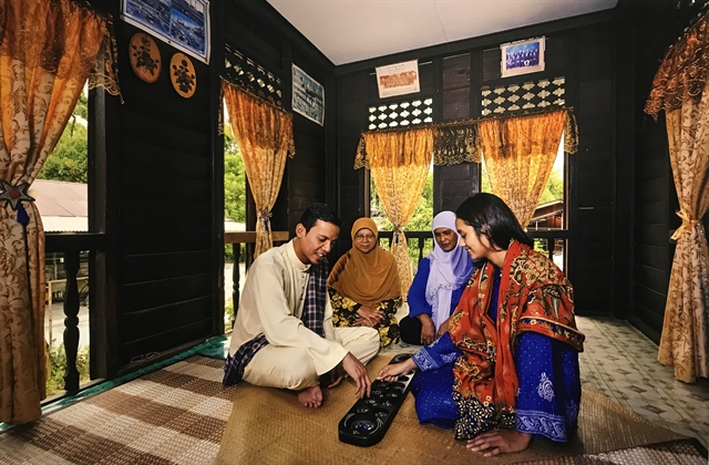 ASEAN costume exhibition showcases culture