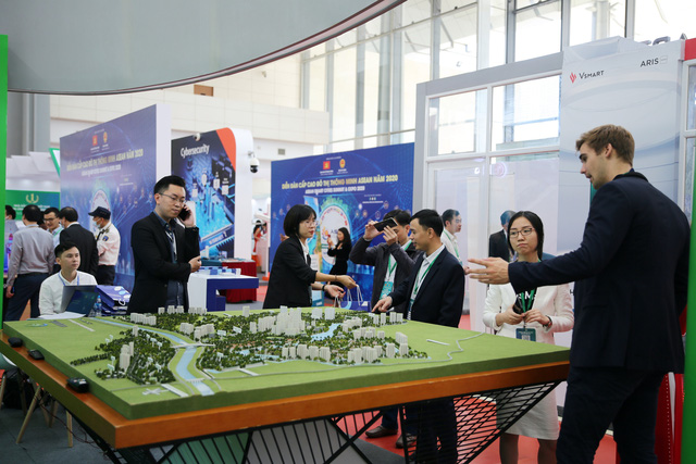ASEAN Smart Cities forum kicks off in Hà Nội