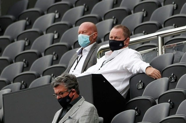 Newcastle owner Ashley calls for cut in Premier League pay-per-view fee