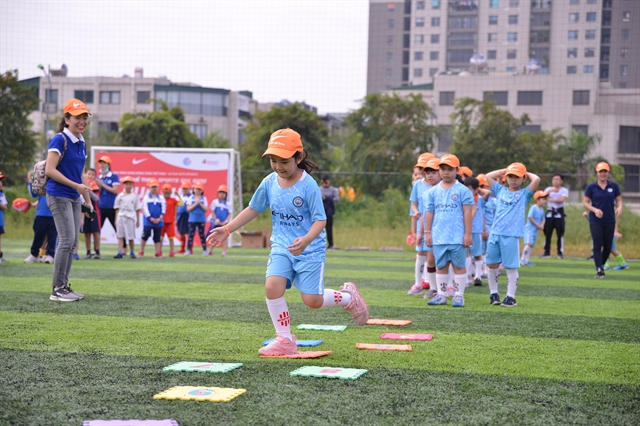 Hà Nội students take part in Nike sports programme