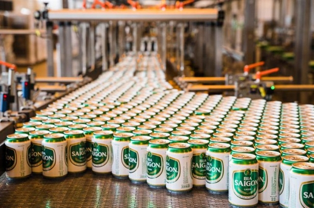 Largest brewer sees revenue down profit up in Q3