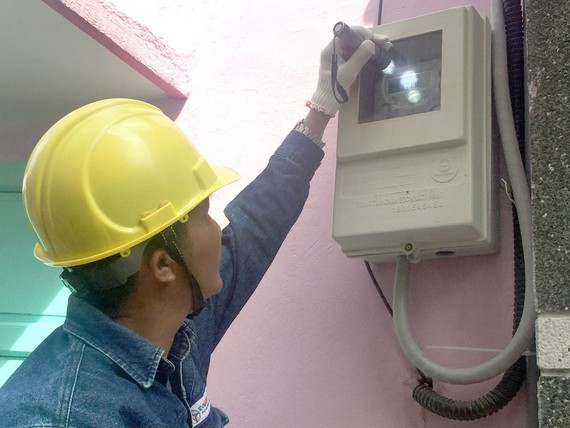 EVNHCMCto completeinstallation ofelectronicmeters for all customers next year